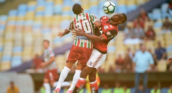 Flamengo e Fluminense ficaram no 1 a 1 apesar do bom público no Maracanã