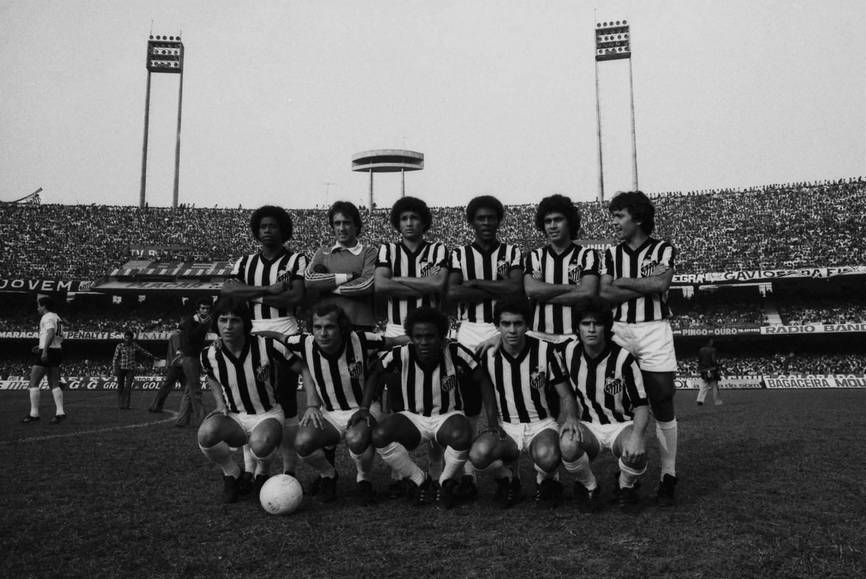 Craque do Santos e da seleção brasileira vira comentarista de futebol  americano na Amazon - Prisma - R7 Coluna do Fraga cd67332f2c4e0