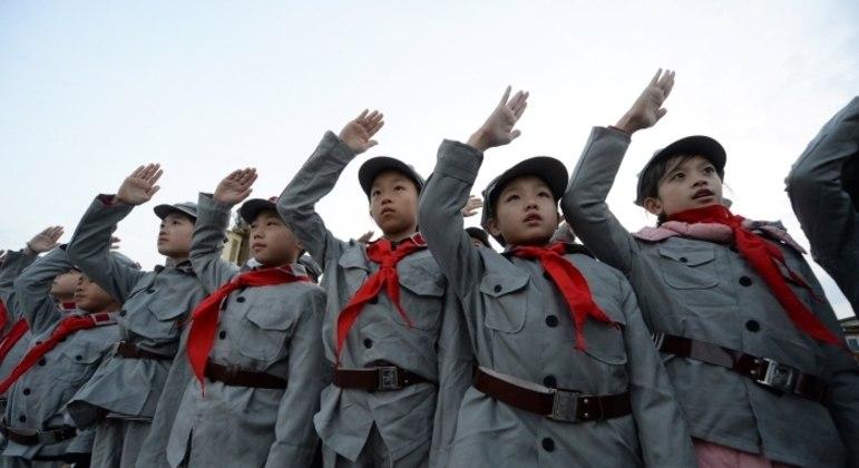Estudantes de escola chinesa em Pequim; modelo educacional chega ao Brasil