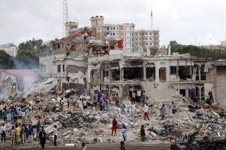 Ataque deixou centenas de mortos e feridos na Somália