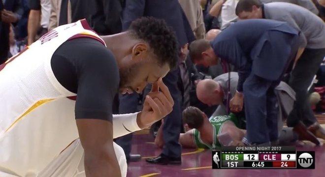Novo astro dos Cavaliers, Dwyane Wade lamenta terrível lesão de Gordon Hayward