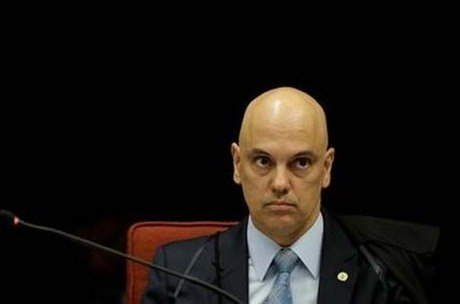 Moraes suspendeu todas as ações que tratem do tema