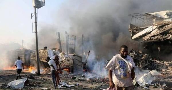 Por que famosos e internautas não se importam com a Somália?