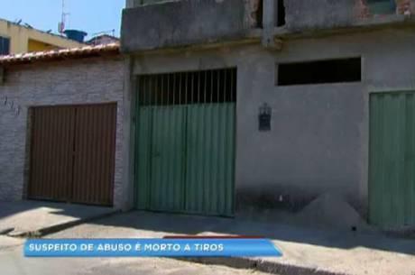 Pedreiro foi assassinado na porta de casa