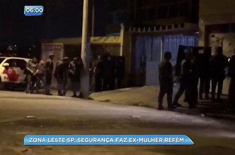 Segurança atirou contra os PMs que chegaram no local