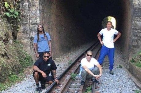 Os Racionais MCs planejam filme e novo CD