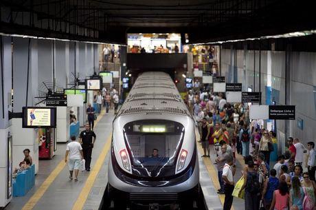 Linha 4 transporta 300 mil passageiros por dia