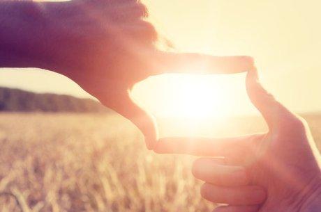 Se, ao chegar em um ambiente, algo negativo te chamar a atenção, busque encontrar algo que seja positivo