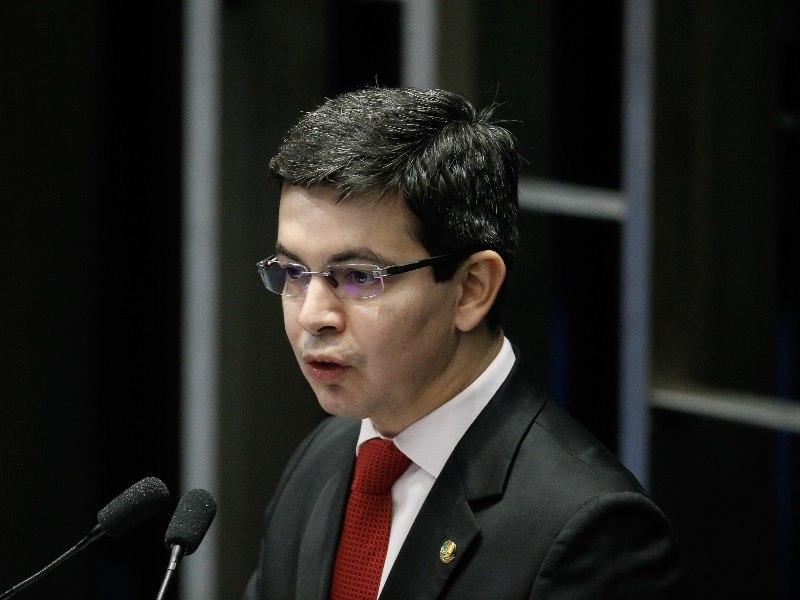 Câmara instala comissão para analisar PEC sobre extinção do foro