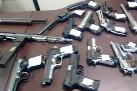 Polícia desbancou o que seria um serviço de fornecimento de armas para realização dos crimes