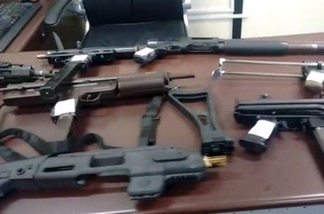 Armas apreendidas pelas polícia da SP na segunda-feira