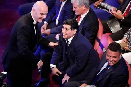 O presidente da Fifa é Gianni Infantino (esq.) 9bc0f0121053f