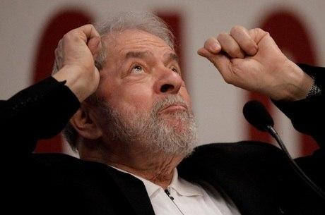 Lula está preso desde abril do ano passado