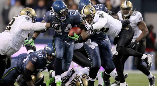 Nove adversários fracassaram em derrubar Lynch, que imortalizou o Beast Mode