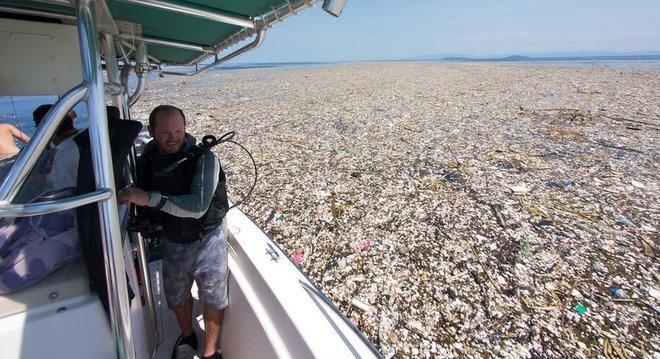 Imagens da 'ilha de lixo' no Mar do Caribe viralizaram recentemente