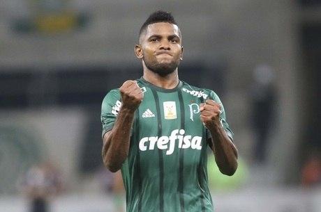 Borja não está sozinho em sua recuperação como principal atacante do  Palmeiras. O técnico Alberto Valentim tem realizado treinos individuais 0e968d213790a