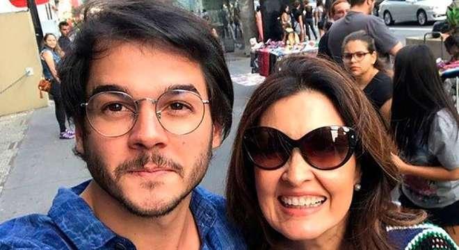 Túlio Gadêlha e Fátima Bernardes fazem sucesso nas redes sociais