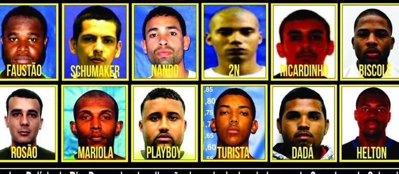 Cartaz mostra a imagem dos 12 traficantes que, segundo a polícia, comandam o tráfico na região