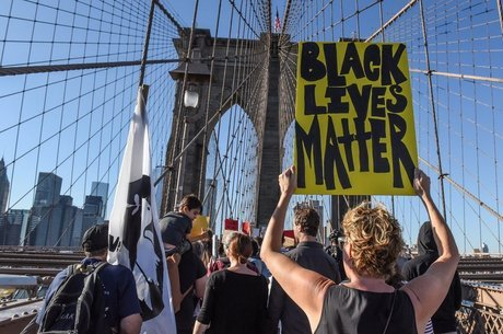 O movimento social Black Lives Matter foi vítima de pefil falso criado na rede social