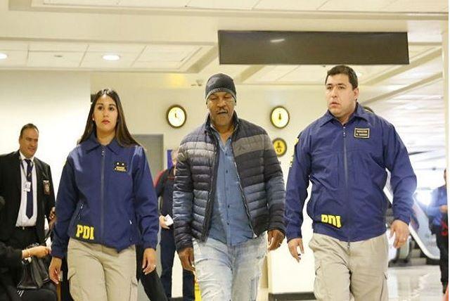 Mike Tyson é deportado do Chile por ser ex-presidiário