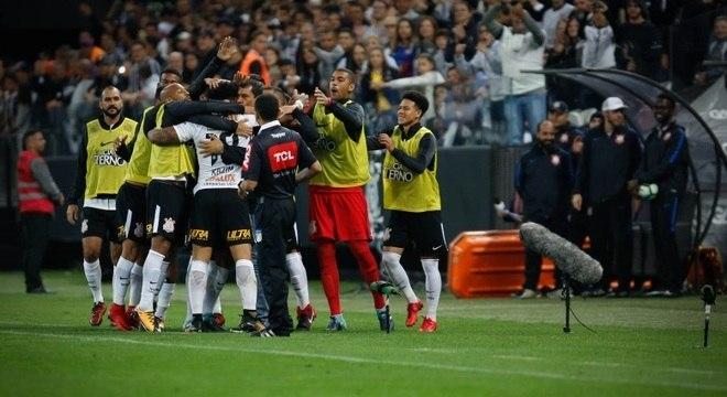 Título está próximo, mas Corinthians evita comemorar antes da hora