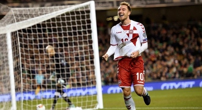Christian Eriksen fez três gols na vitória da Dinamarca sobre a Irlanda