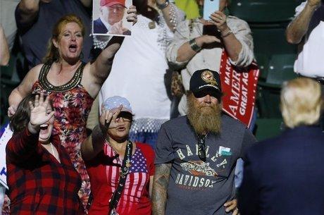 Membros da 'alt-right' apoiam muitas propostas que os defensores de Donald Trump aplaudem, como a restrição à entrada de muçulmanos e a expulsão de imigrantes