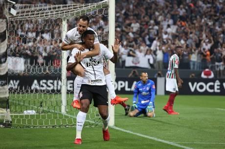 Corinthians, sempre altaneiro, 1, 2, 3, 4, 5, 6, 7...