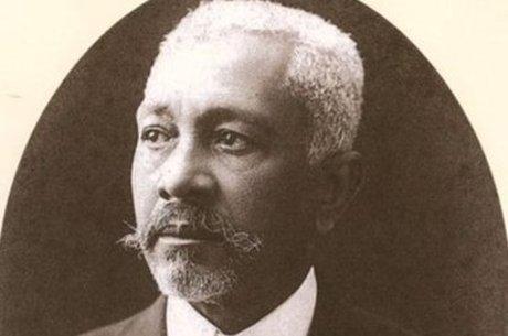 Sampaio foi um dos fundadores da Escola Politécnica
