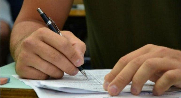 Termina nesta sexta (27) o prazo para pedidos de reaplicação de exame do Encceja 2020