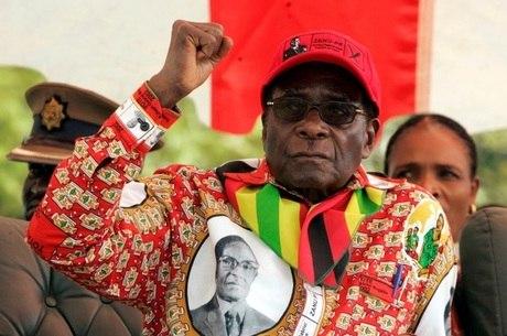 Mugabe comandava o Zimbábue desde 1980