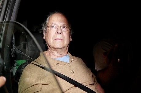 Dirceu é condenado a 8 anos de prisão na ação