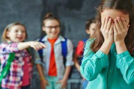 3 em cada 10 alunos sofrem bullying