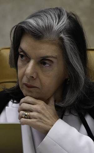 """Cármen Lúcia: deputados do Rio """"confundiram para confundir"""""""