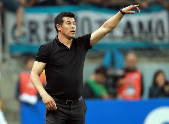 Jorge Almirón – argentino – 49 anos – sem clube desde que deixou o Elche, em fevereiro de 2021 – principais feitos como treinador: conquistou um Campeonato Argentino (Lanús)