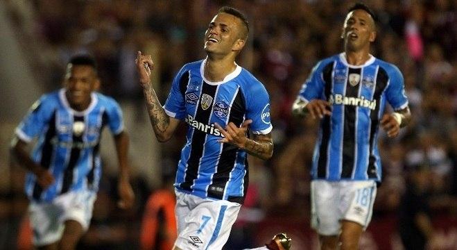 Luan voltou a ser decisivo em duelo do Grêmio na Libertadores