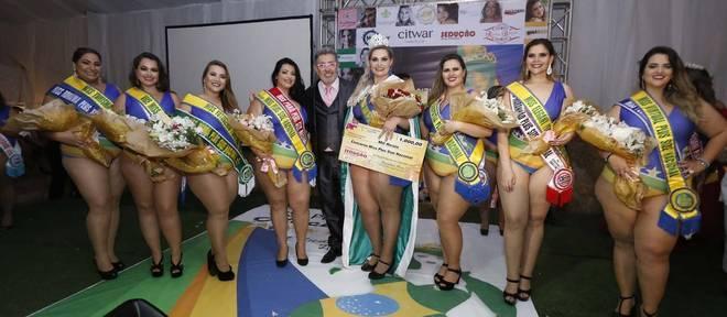 Lidiane é a nova miss Plus Size nacional, em evento promovido por Eduardo Araúju