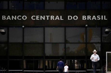 """Bancos têm """"bastante folga"""" no Índice de Basileia, diz BC"""