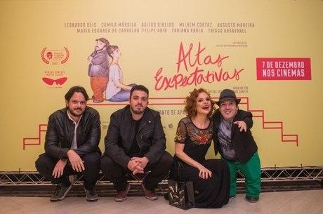 Os diretores Álvaro e Pedro, a atriz Maria Eduarda Carvalho e Leo