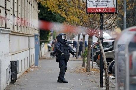 Bomba explode em Roma e Itália investiga terrorismo