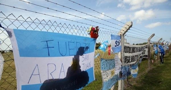 Argentina revela novas conversas com submarino desaparecido