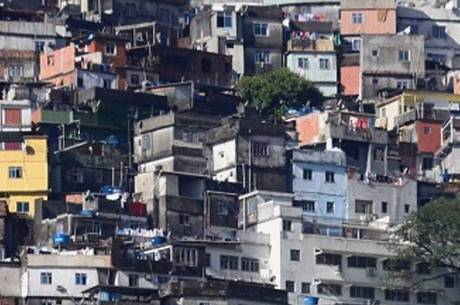 Rocinha recebe obras de urbanismo