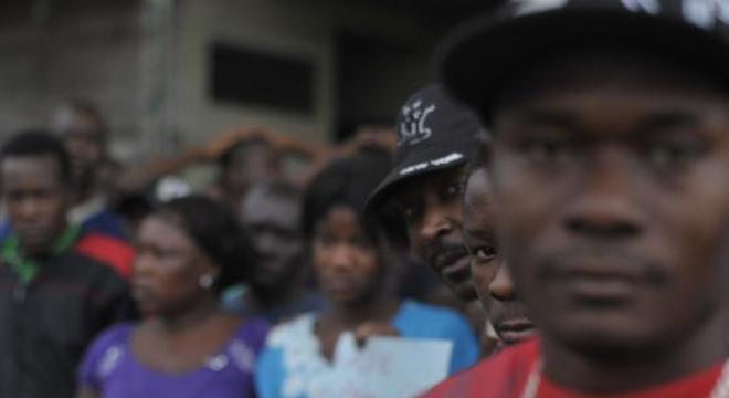 Negros são maioria nos presídios e entre vítimas de homicídios, e são o segmento mais pobre do País