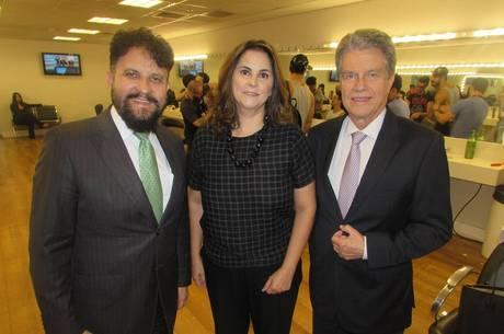 Engênia Gonzaga acompanhada do diretor Zacarias Paganelli e do jornalista Marcos Hummel