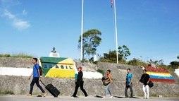 Milhares de venezuelanos fogem da crise e buscam abrigo no Brasil ()