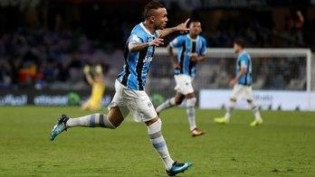 __Grêmio tenta trazer Mundial para o Brasil depois de cinco anos__ (Matthew Childs/Reuters - 12.12.2017)