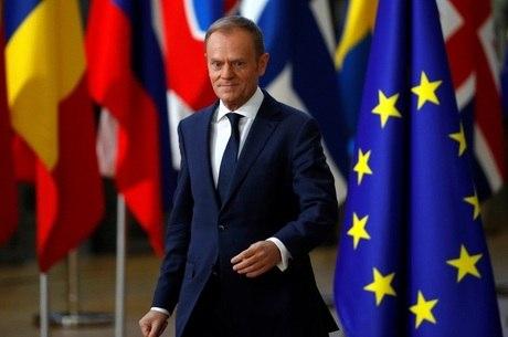 Donald Tusk chega para cúpula da UE em Bruxelas