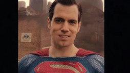 Vídeo mostra Superman  com a boca torta e faz filme passar ainda mais vergonha ()