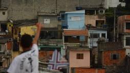 Quatro em cada dez crianças vivem abaixo da linha da pobreza no Brasil ()