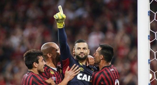 824fb8f689 Palmeiras anuncia contratação do goleiro Weverton por cinco anos ...